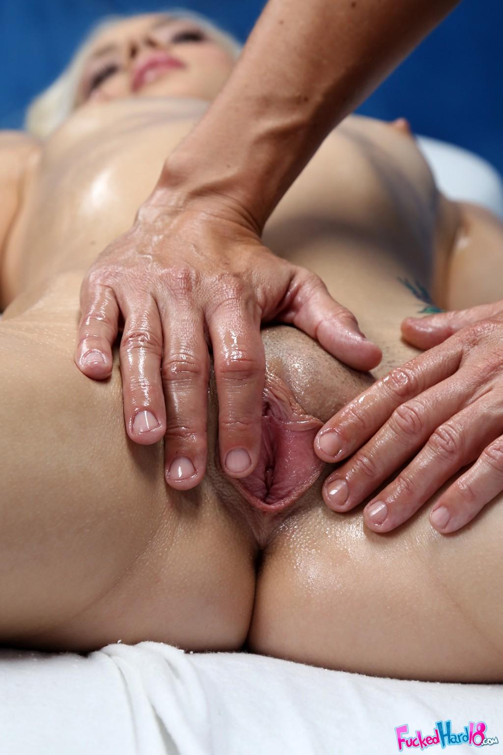 Порно массаж смотреть на айпаде фото галереи